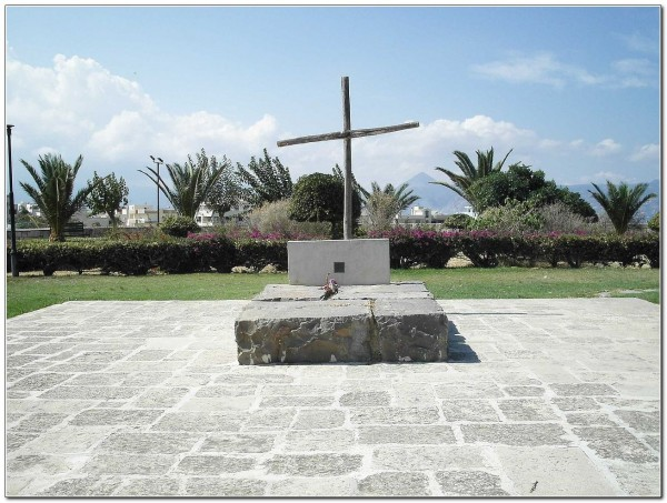 Kazantzakis grave