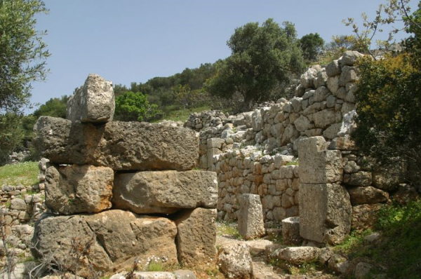 Kreta Lato Entrance