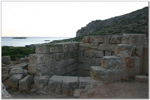 Phalasarna_Round_Tower_Sea