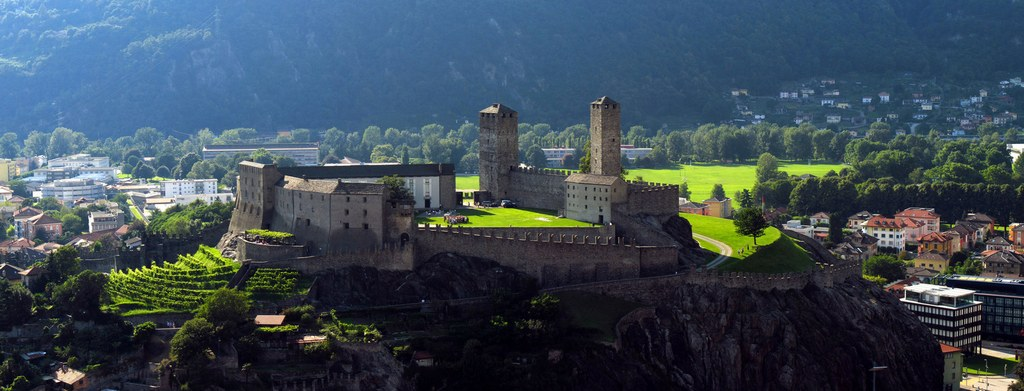 Castlegrande 4