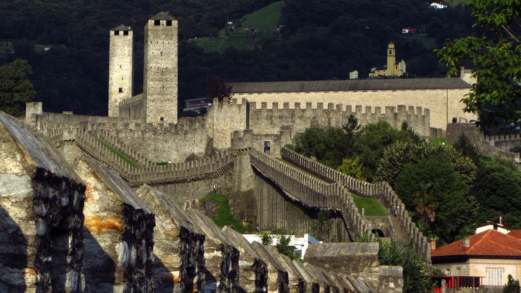 Castlegrande 5