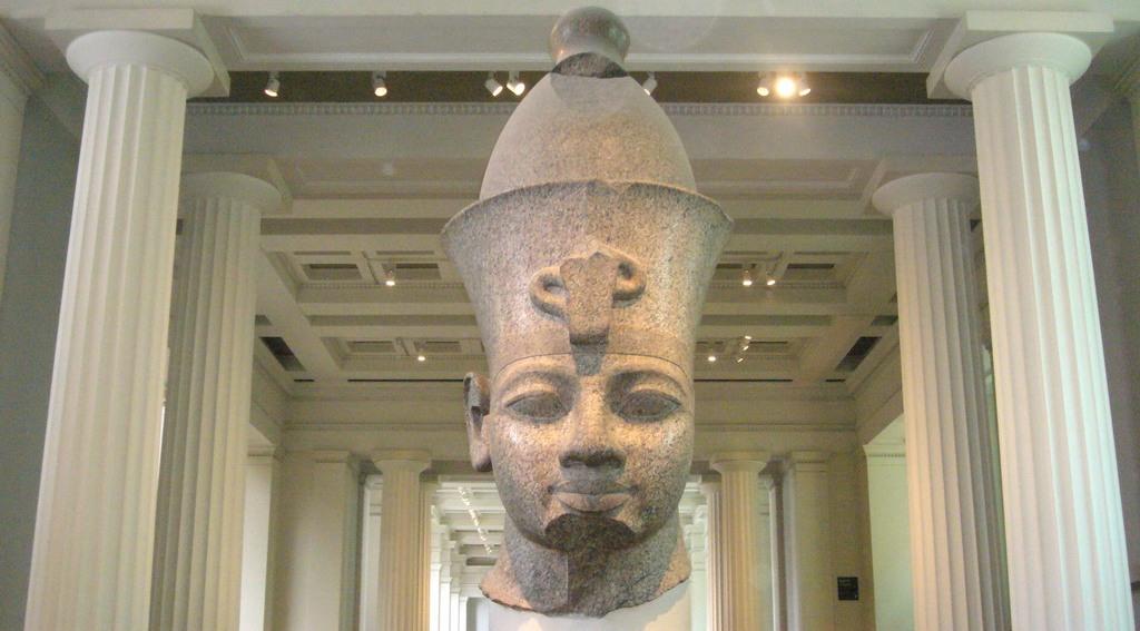 Amenhotep III 2
