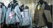 Shoping Tourist Clothes Outerwear Shoes 013