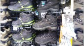 Shoping Tourist Clothes Outerwear Shoes 023
