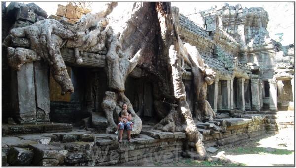 Cambodia. Angkor 004