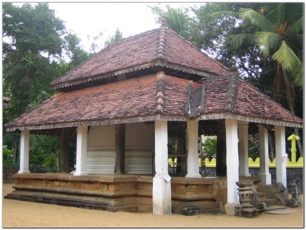 Sri Lanka. Dambadeniya 001
