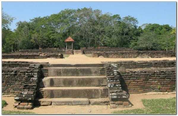 Sri Lanka. Panduwasnuwara 002