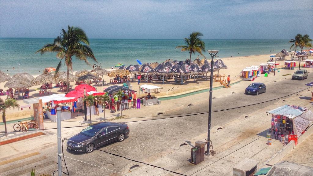 Dzibilchaltun, Yucatán, Mexico. Port Progreso 19