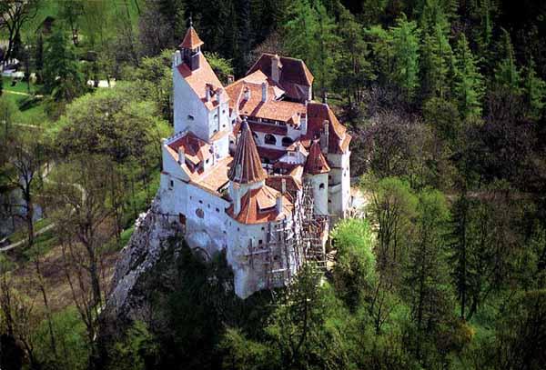 Замок Бран или замок Дракулы.  Румыния, Трансильвания