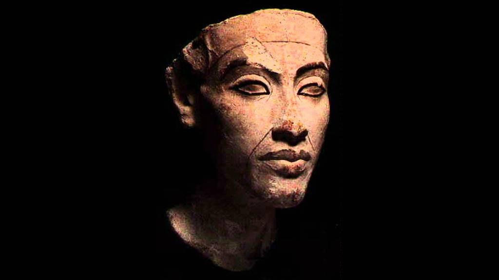 Akhenaten 4a
